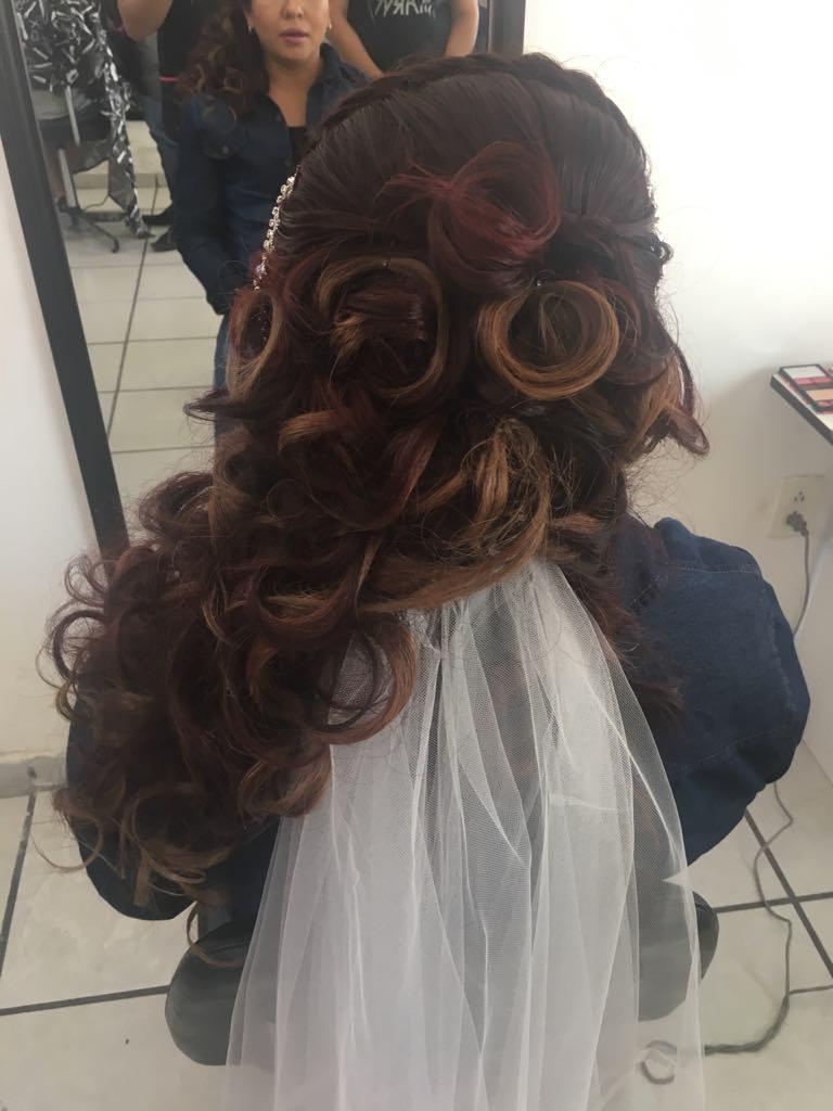 Peinado de boda, florestilista salón slp